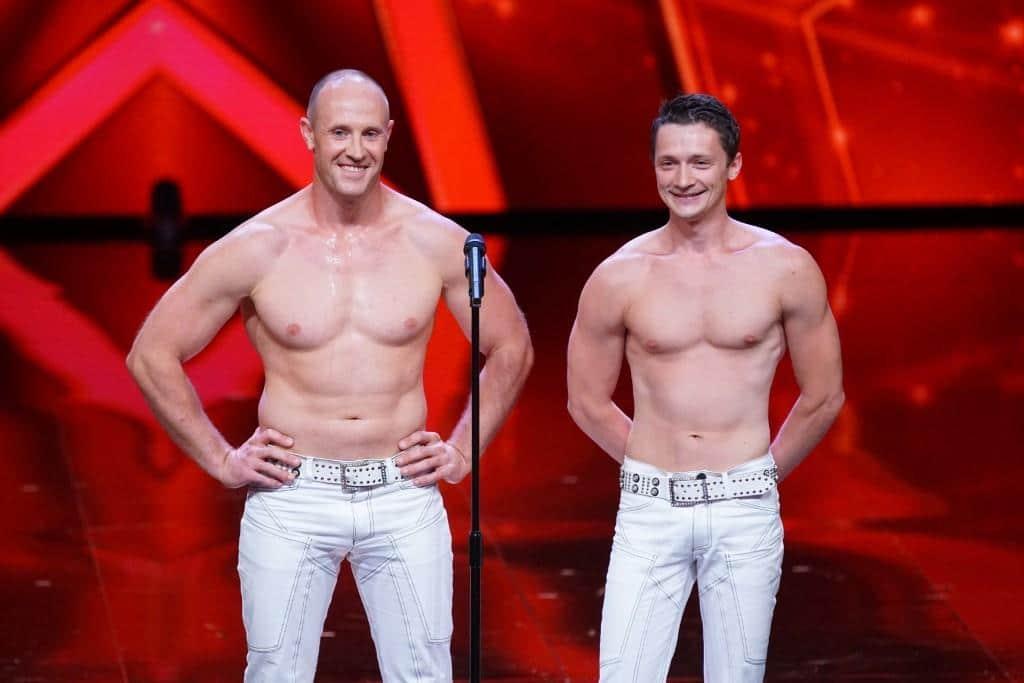 """Vlad Kostenko (l.) und Anton Savchenko - Akrobaten aus der Ukraine.   Alle Infos zu """"Das Supertalent"""" im Special bei RTL.de: http://www.rtl.de/cms/sendungen/das-supertalent.html - Foto: RTL / Stefan Gregorowius"""