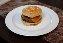 CityNEWS-Rezept-Tipp: Deutschlands bester Cheddar-Burger copyright: Andreas Costanzo