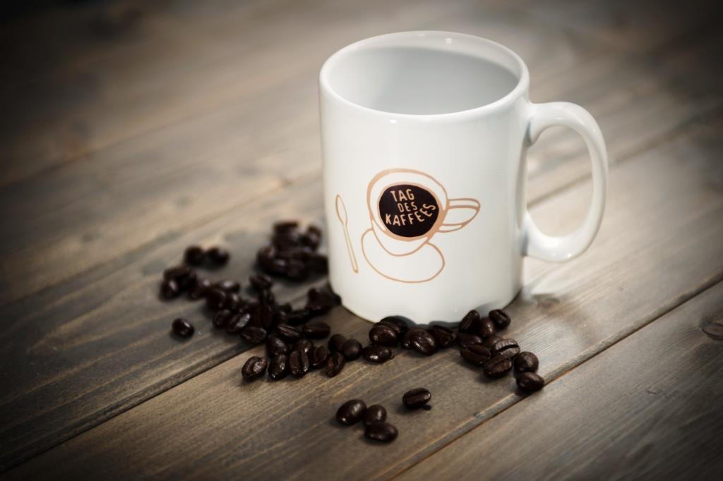 """Am """"Tag des Kaffees"""" werden durch zahlreiche Aktionen und Events in ganz Deutschland verschiedene Facetten des Kaffees – von Lifestyle bis Tradition, von Genuss bis Geselligkeit – erlebbar gemacht. copyright: Deutscher Kaffeeverband e.V."""