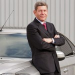 Bernhard Mattes (60) hatte das Amt als Vorstandsvorsitzender der Ford-Werke AG am 12. September 2002 übernommen, seit der Umfirmierung zur GmbH ist er Vorsitzender der Geschäftsführung. Bereits seit Juli 1999 war er als Vorstand Marketing und Verkauf und als stellvertretender Vorstandsvorsitzender für Ford tätig. - copyright: CityNEWS