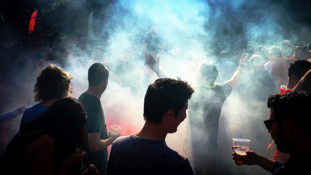 Was ist beim 1. FC Köln los? Spielerisch top - Fußball-Chaoten und Krawallmacher flop - copyright: pixabay.com