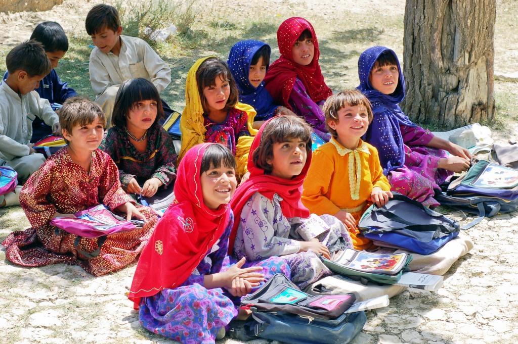 Bildung ist mehr als Lesen, Schreiben, Rechnen copyright: pixabay.com