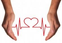 """Risikofaktor für chronische Herzerkrankungen: """"Herzrhythmusstörungen immer abklären lassen!"""" copyright: pixabay.com"""