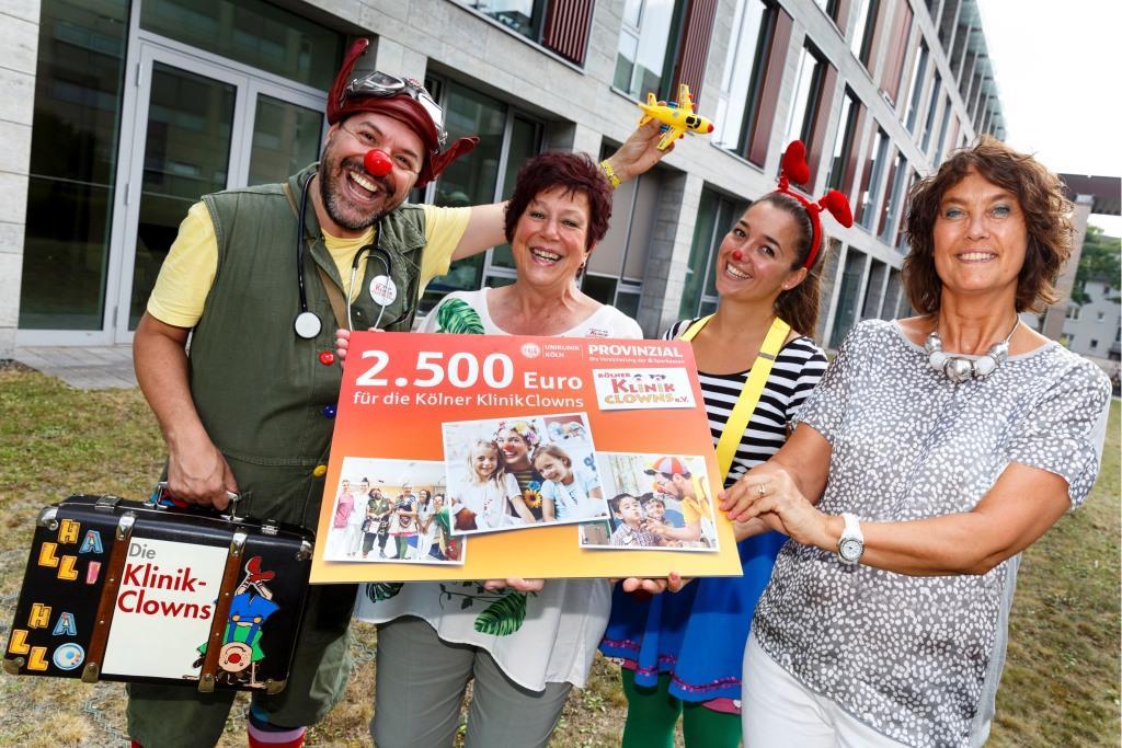 Spendenübergabe der Provinzial Rheinland Versicherung an die Kölner Klinikclowns e.V. copyright: Rainer Hotz