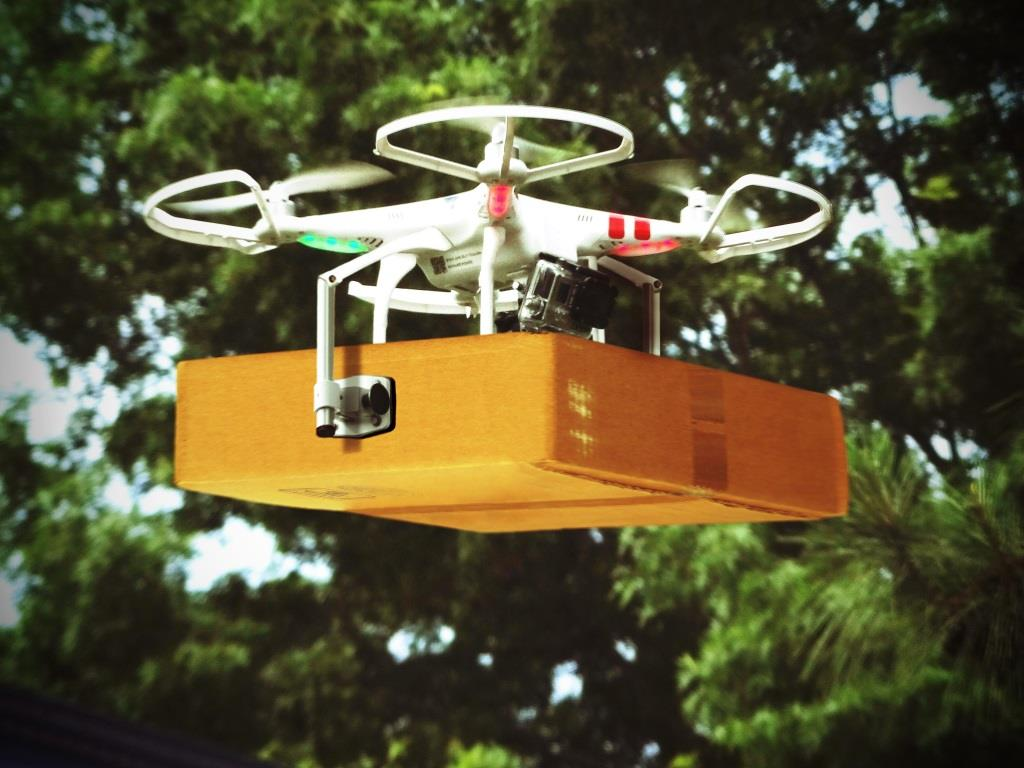Mehr als 60% der befragten Konsumenten stehen innovativen Technologien wie Lieferungen per Drohnen positiv gegenüber. copyright: pixabay.com