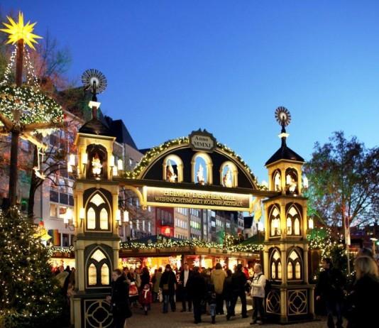 Auf den Kölner Weihnachtsmärkten einfach und kostenlos per WLAN ins Internet. copyright: Weihnachtsmarkt Kölner Altstadt