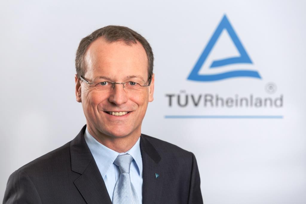 Dr. Michael Fübi ist seit 2015 Vorsitzender des Vorstands der TÜV Rheinland AG. - Foto: TÜV Rheinland