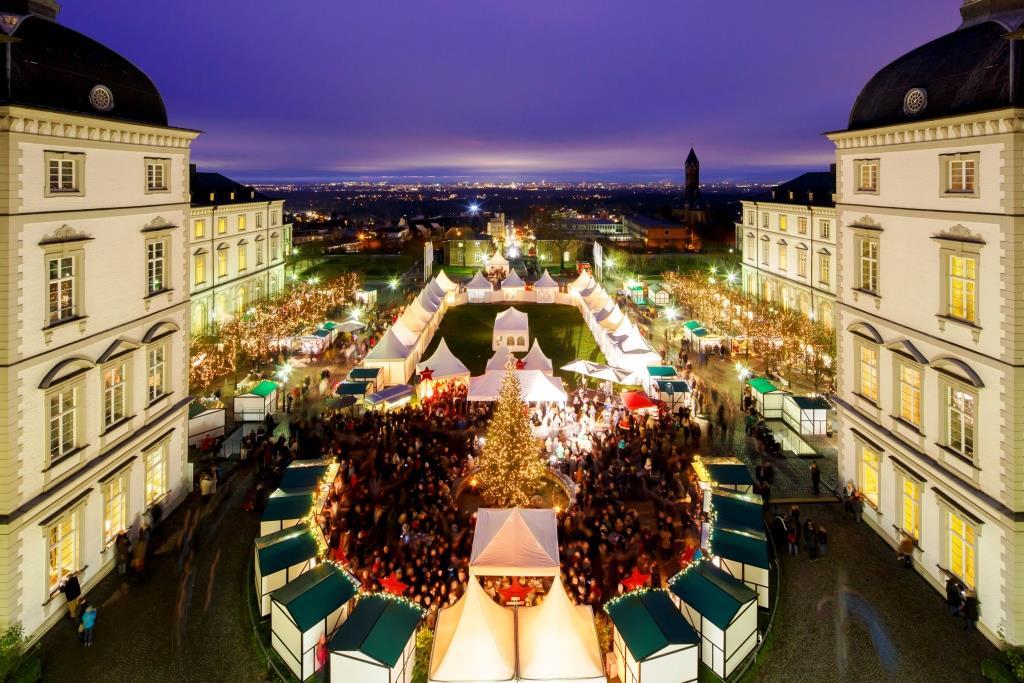 Weihnachtsmarkt auf Schloss Bensberg: Tradition trifft auf individuelles Shopping-Erlebnis - copyright: Althoff Grandhotel Schloss Bensberg/ Ulrik Eichentopf