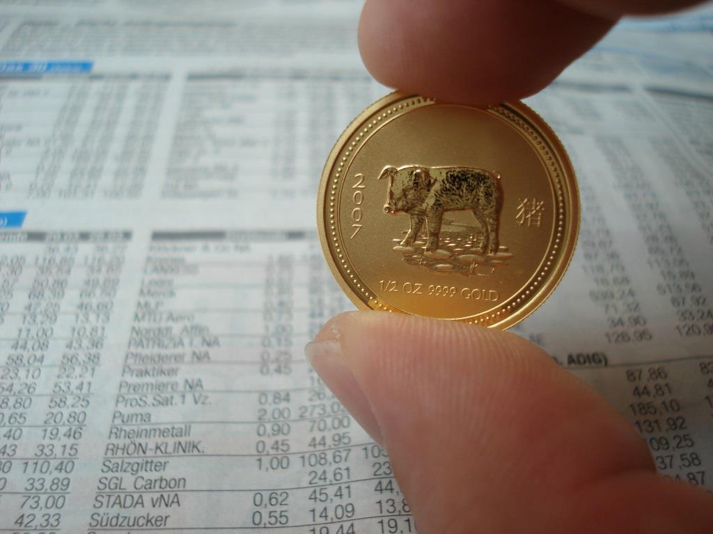 Erst die modernen Medaillen und die sog. Bullion-Coins (Anlagemünzen) werden in fast reinem Edelmetall (999/1000) oder (999,9/1000) geprägt. - copyright: pixabay.com