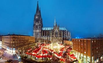 Weihnachtsmarkt auf dem Roncalliplatz am Kölner Dom copyright: Dieter Jacobi / KölnTourismus GmbH