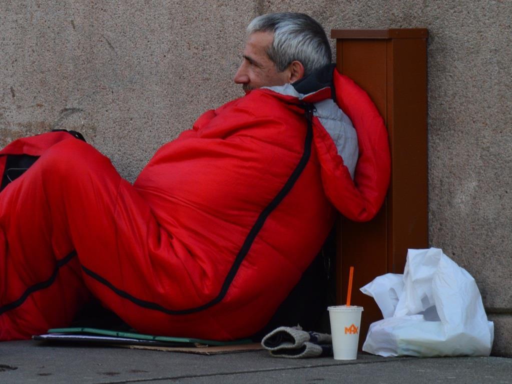 Kältegänge der Stadt Köln zur Hilfe für Obdachlose - copyright: pixabay.com