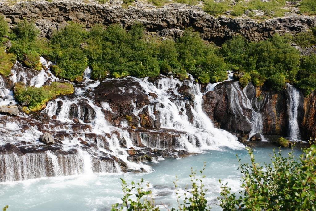 Уединение, захватывающие дух природы, и всего в нескольких часах езды от европейского материка - не удивительно, что Исландия переживает настоящий бум в качестве туристического центра. - copyright: pixabay.com