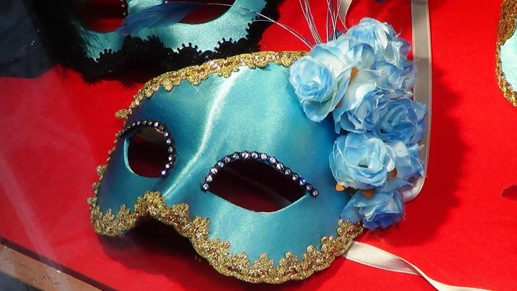Ein Blick hinter die Kulissen eines Kostüm Shops - copyright: pixabay.com