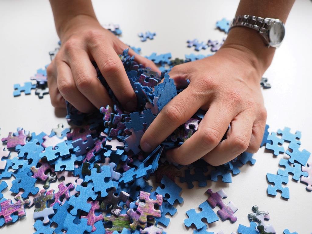 Geduld, Handeln und Denken beim Puzzle - copyright: pixabay.com
