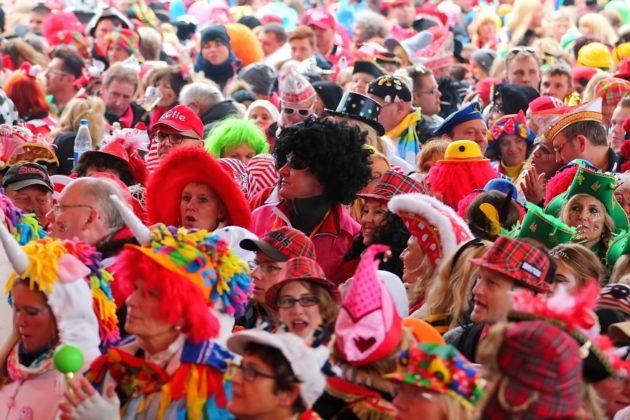 Rosenmontag in Köln 2017: Rosenmontagszug und Konzerte von OneRepublic und Kasalla online kostenlos live in 360 Grad erleben - copyright: CityNEWS / Thomas Pera