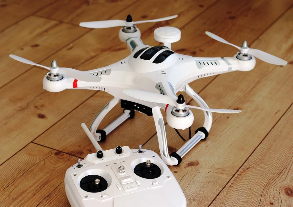 Herkömmliche private Haftpflichtversicherung reicht bei Drohnen nicht aus - copyright: pixabay.com