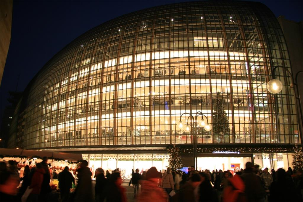 Letztmalig für 2016 laden die Geschäfte der Kölner Innenstadt am 4. Dezember 2016 zum verkaufsoffenen Sonntag ein. - copyright: KölnTourismus GmbH