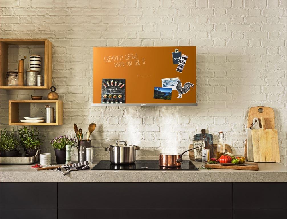 Entertainment und Technik-Features in der Küche - copyright: Neff