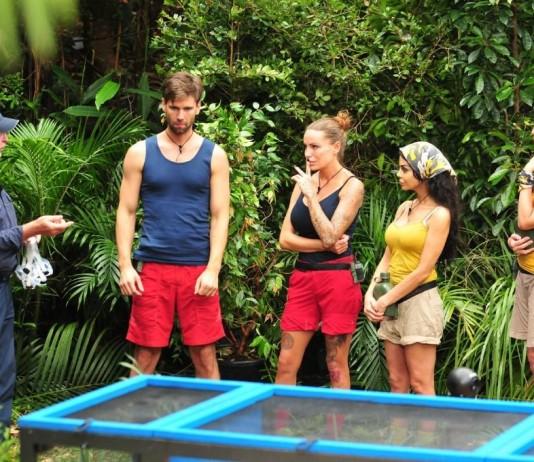 Tag 3 im Dschungelcamp 2017: Kader, Hanka, Gina-Lisa und Honey bei der Dschungelprüfung - Foto: RTL / Stefan Menne Alle Infos zu Ich bin ein Star - Holt mich hier raus! im Special bei RTL.de