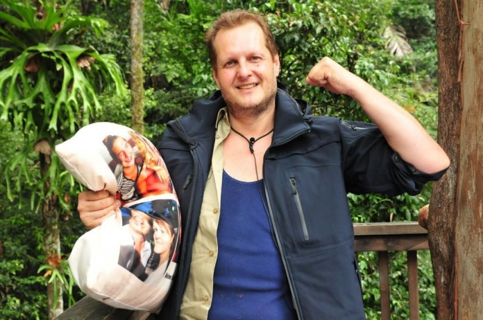 Die Zuschauer haben entschieden. Jens Büchner muss das Camp verlassen. - Foto: RTL / Stefan Menne Alle Infos zu Ich bin ein Star - Holt mich hier raus! im Special bei RTL.de