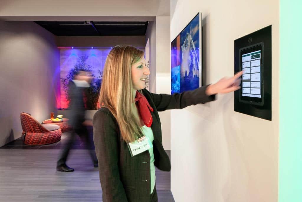 Intelligentes Wohnen: Smart Home auf der Kölner Möbelmesse - copyright: Koelnmesse