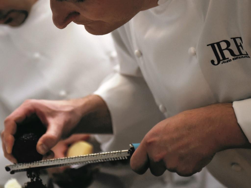 Auch für die Profis gibt es Bedingungen beim Patisserie Wettbewerb - copyright: JRE