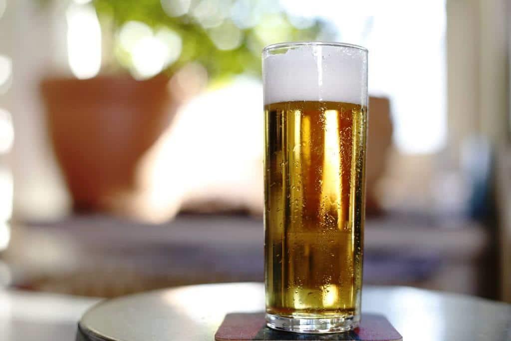 Essen und Trinken: Jet zo müffelle und zu süffelle copyright: CityNEWS / Alex Weis