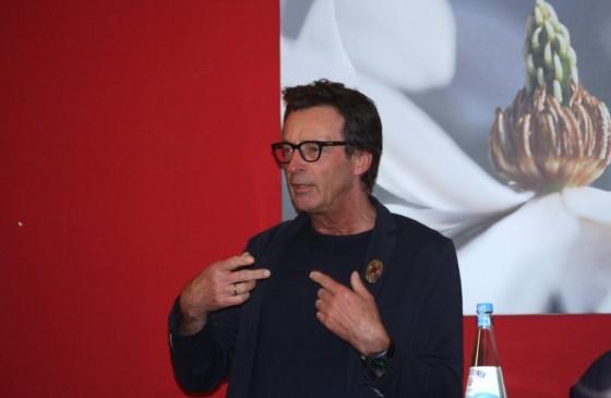 Michael Schuhmacher (Kölner Aidshilfe), erklärt wie der CSD gerettet werden soll. - copyright: CityNEWS / Christian Esser