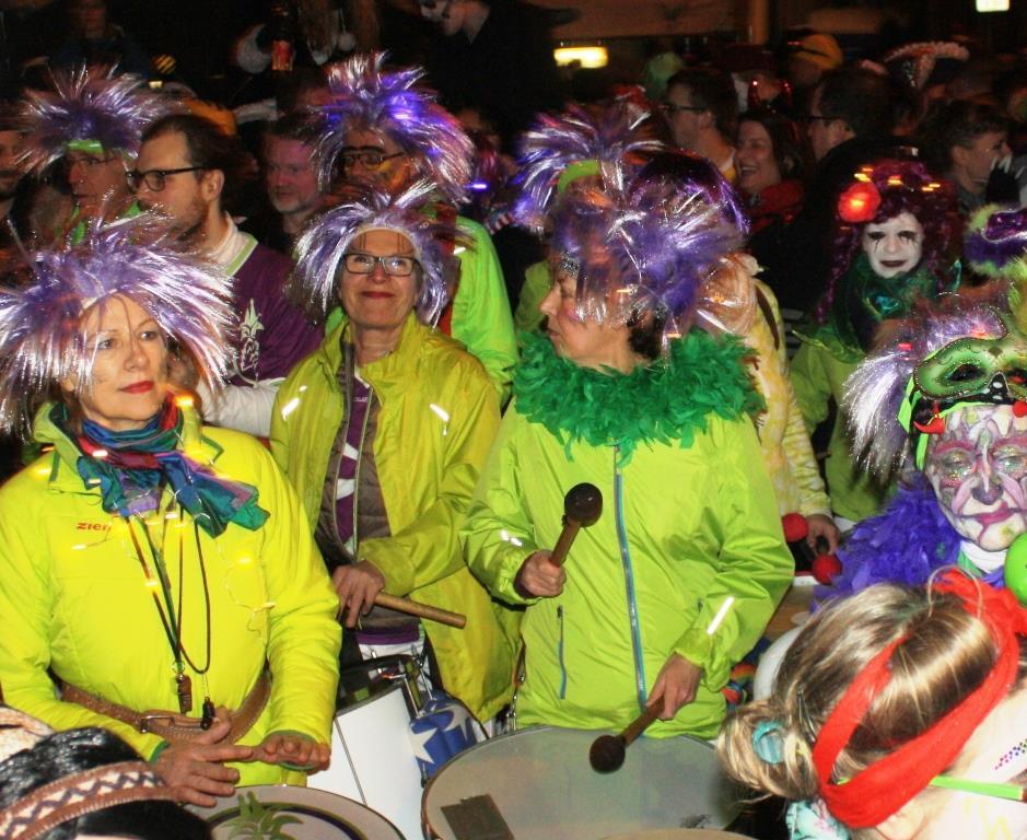 Besonderer Karnevalszug ohne große Technik - copyright: CityNEWS / Christian Esser