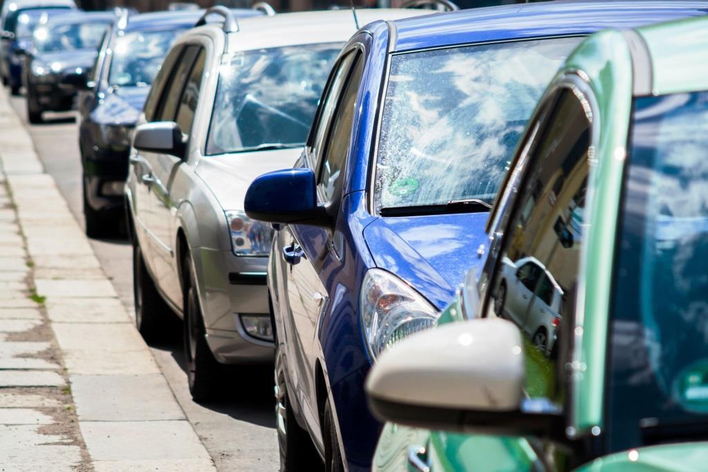 Klein, wendig und sparsam mit dem Gebrauchtwagen durch die Stadt - copyright: pixabay.com