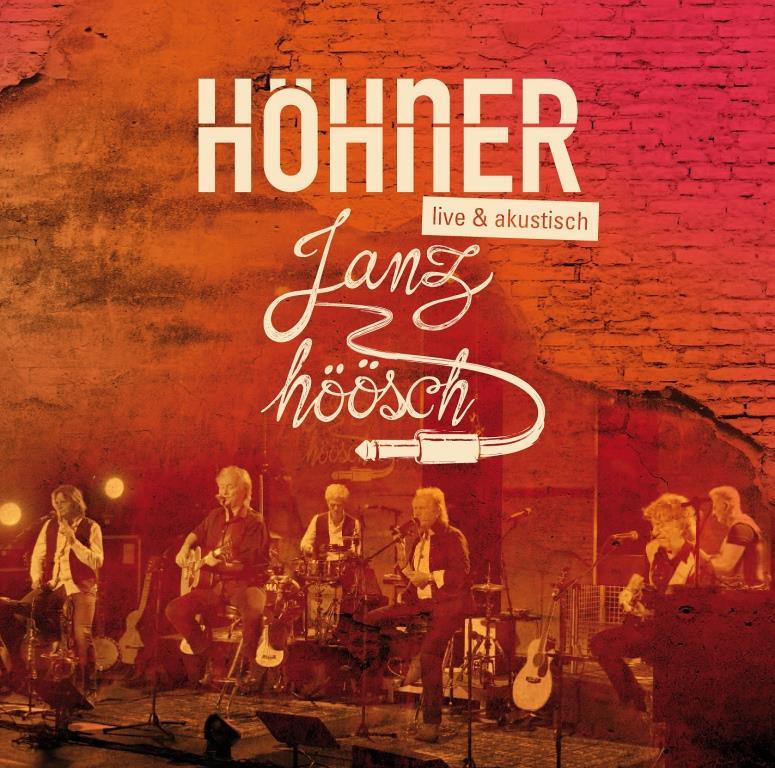 """Was auf Neudeutsch """"Unplugged"""" genannt wird, nennen die Kölner in ihrem Dialekt """"Janz höösch"""" und das spielen die HÖHNER auf ihrem neuen Album. """"Janz höösch"""" bedeutet dabei aber nicht etwa ganz leise oder balladesk. copyright: Electrola / Universal Music"""