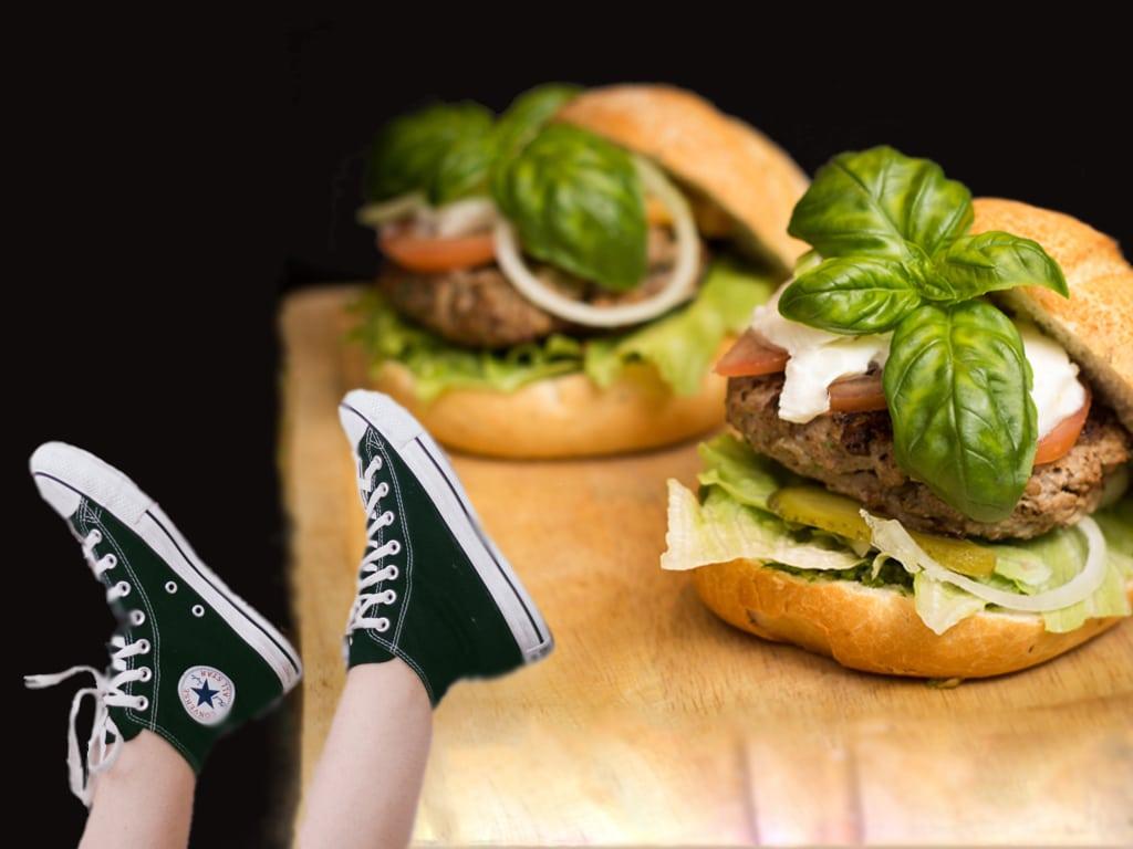 Sneaker X Burger & Sweets: Turnschuhe, gutes Essen und beste Musik - mitten in Köln! - copyright: CityNEWS / pixabay.com