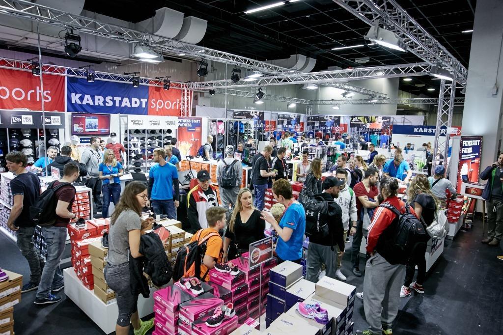 Breites Shopping-Angebot in der Shopping Mall - copyright: Behrendt und Rausch