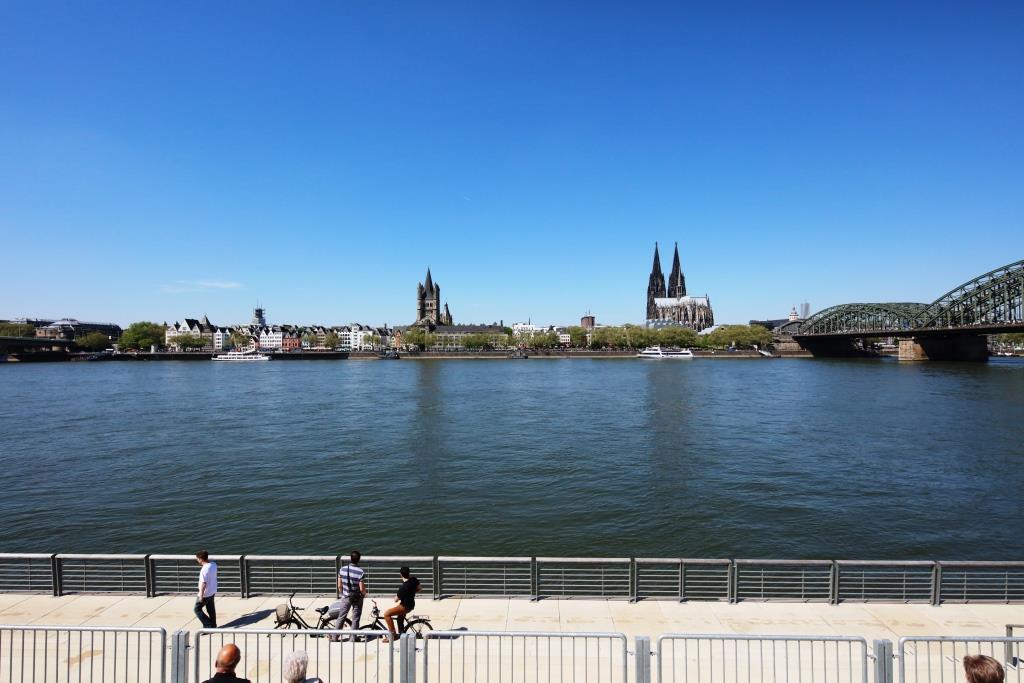 Mehr Sicherheit für den Logenplatz am Kölner Rheinufer - copyright: CityNEWS / Alex Weis