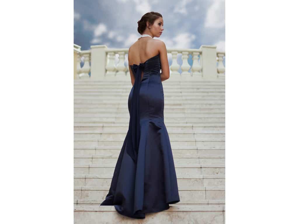 Abendkleider gibt es mittlerweile in allen möglichen Variationen. - copyright: pixabay.com