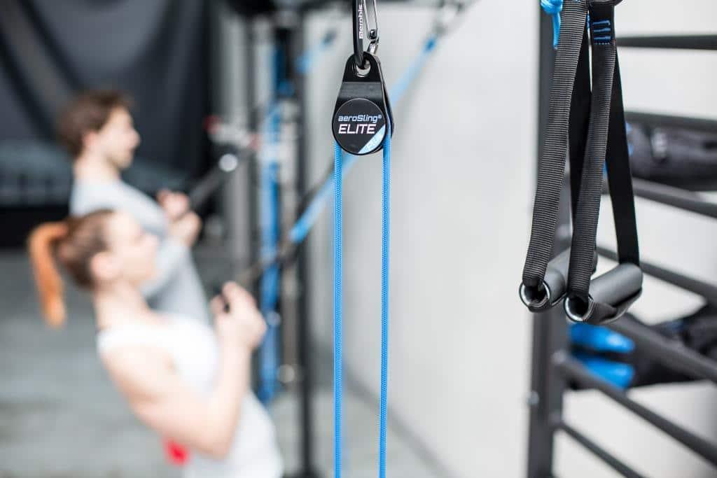 Der Sling Trainer ist ein portables Fitnessstudio für unterwegs. - copyright: aerobis fitness GmbH