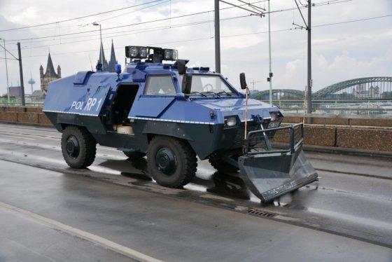 Mit rund 4.000 Beamten war die Polizei Köln im Einsatz. - copyright: pixabay.com