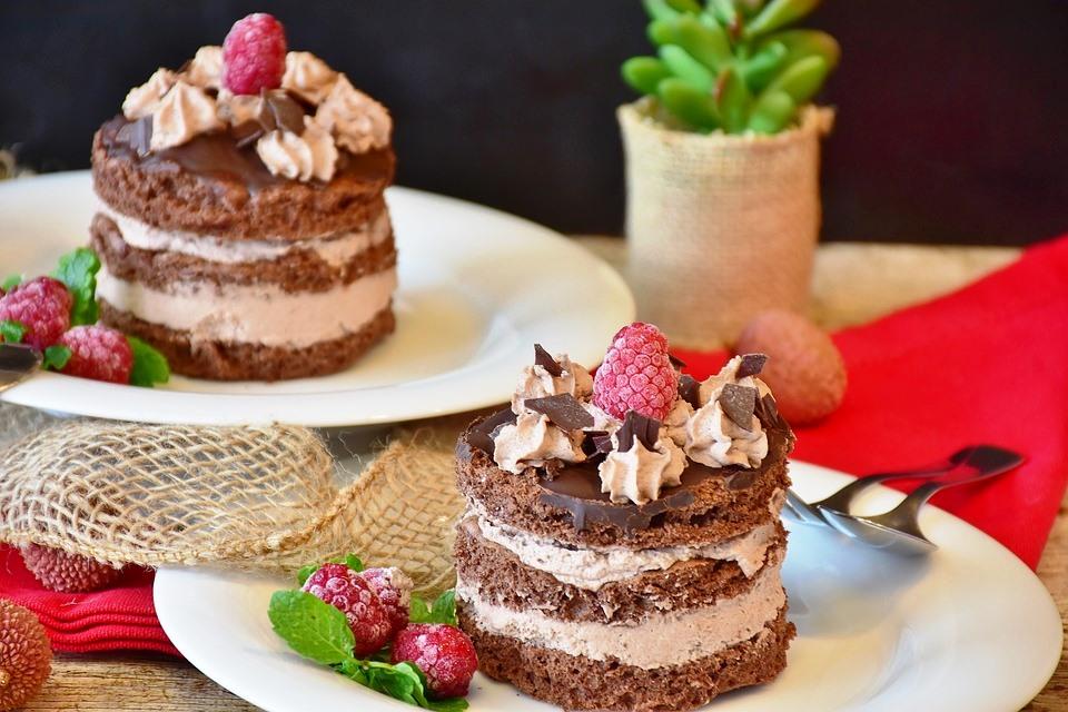 Zum Reinbeißen: Schokolade und Tartlets - copyright: pixabay.com