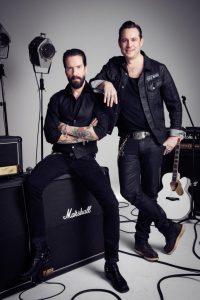 Sascha Vollmer und Alec Völkel (l.) von The BossHoss - copyright: VOX / Robert Grischek