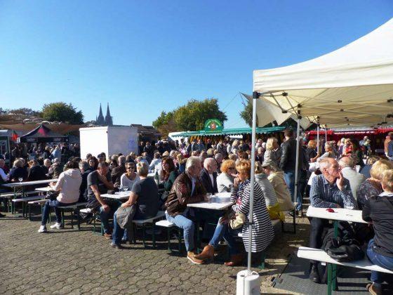 Beim Fischmarkt in Köln trifft Tradition auf Moderne - copyright: www.rheinlust.de