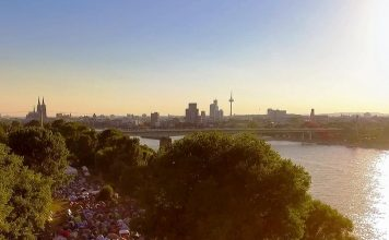 gamescomCamp: Europas größtes Gaming Zeltlager bekommt eine Pop-Up-Jugendherberge in Köln. copyright: DroneCologne
