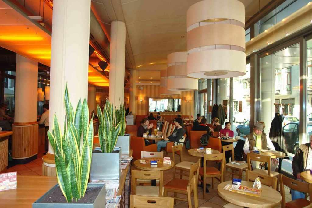 Das ALEX in Köln ist ein beliebter Treffpunkt mitten im Friesenviertel. - copyright: ALEX Gastronomie