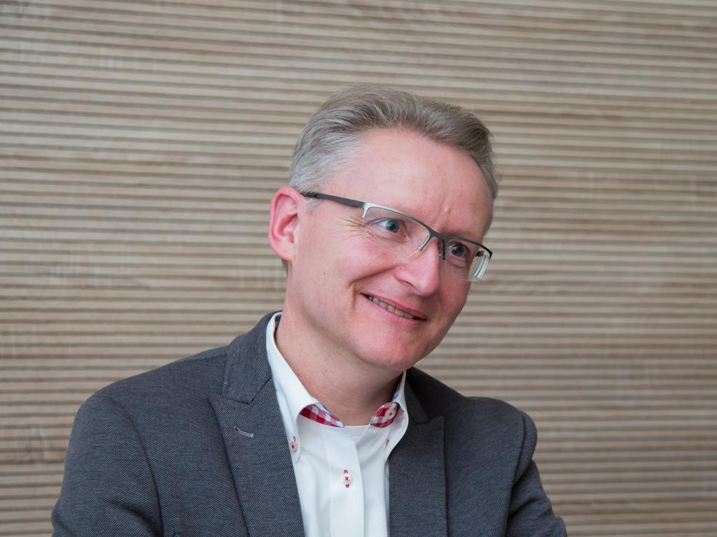 """Patrick Hünemohr: """"Man kann die Digitalisierung sogar gezielt nutzen, um den lokalen Handel zu fördern!"""" - copyright: CityNEWS / Alex Weis"""