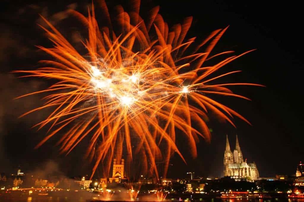 Beste Sicht auf das Feuerwerk in Köln copyright: Veranstaltungsbüro Werner Nolden