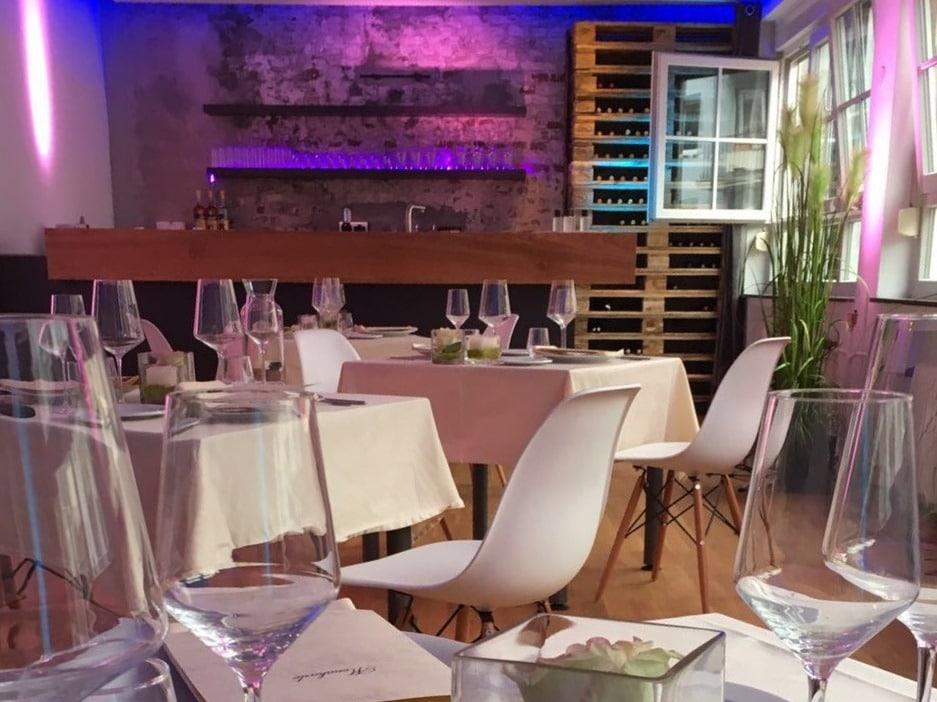 Die Kochfabrik Köln bietet ausreichend Platz für Gruppen von 20 bis 200 Personen. - copyright: Kochfabrik Köln über Event Inc