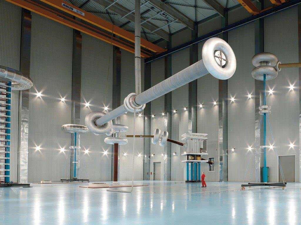 NACHT DER TECHNIK ganz innovativ: Prüfzentrum der HSP Hochspannungsgeräte GmbH - copyright: HSP Hochspannungsgeräte GmbH