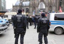 Die Polizei war an Silvester 2019 mit einem Großaufgebot im Einsatz. (Symbolbild) copyright: Polizei Köln
