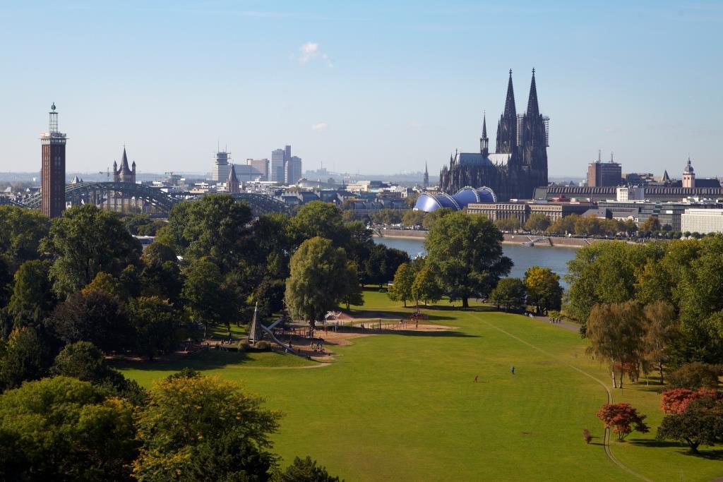 Ein Besuch im Freizeitparadies Rheinpark: Kultur und Spaß gehen Hand in Hand copyright: KölnTourismus GmbH / Dieter Jacobi