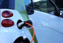 Kraftstoff oder Strom – beim Plug-In-Hybrid haben Fahrer die Wahl - copyright: pixabay.com