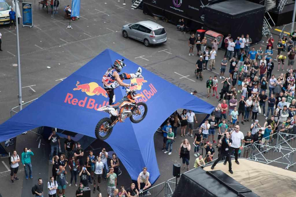 In der Red Bull Action Area geht es hoch hinaus! - copyright: Koelnmesse GmbH, Stephan Fengler